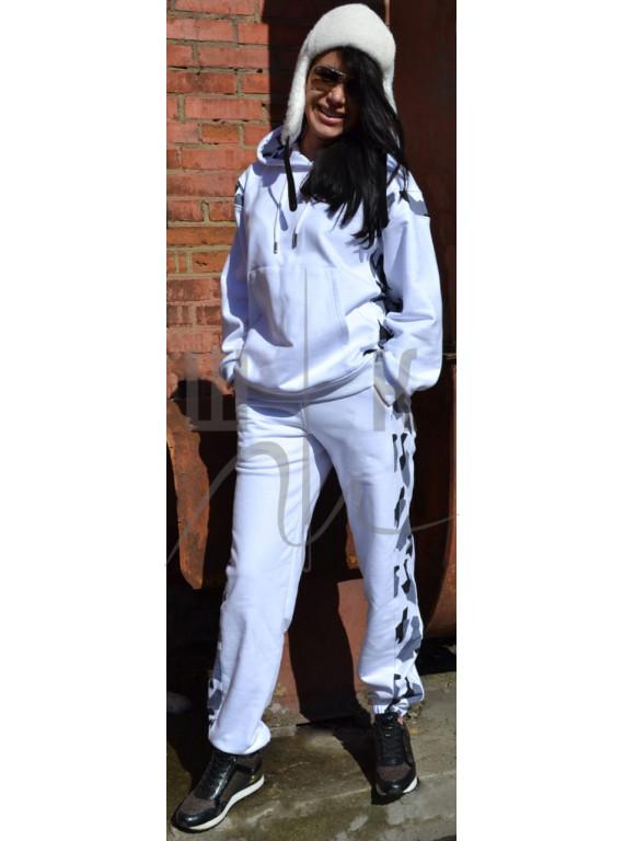 белый женский трикотажный костюм новая коллекция весна 2021