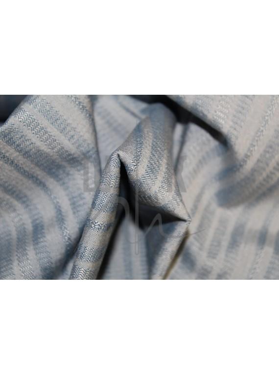 Костюмная ткань голубая в полоску